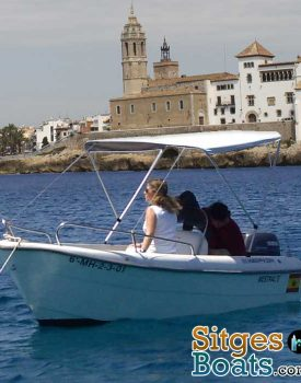 sitges-boat-hire-Sta