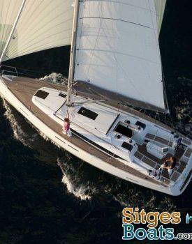 sitges-boat-hire-sun